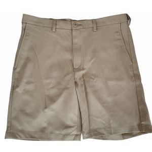 Haggar Classic Fit Flat Front Short